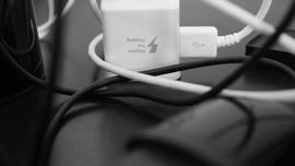 Comparez vos chargeurs et vos câbles grâce à l'application Ampere