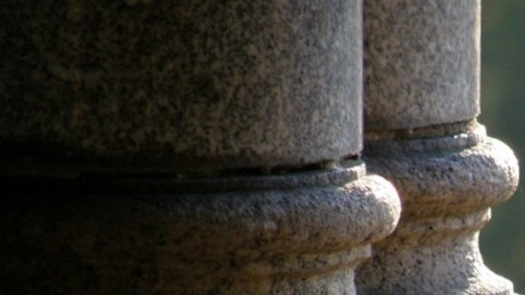 The Two Pillars of JavaScript by Eric Elliot