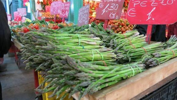 Recept voor Groene asperges met ei voor merenda - Italië met Dolcevia.com