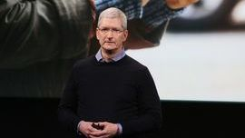 Apple To Post First Quarterly Revenue Decline  Since '03
