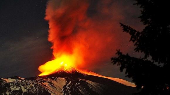 Video van de Etna uitbarsting mei 2016 - Italië met Dolcevia.com