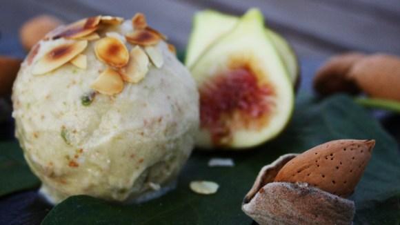 Vijgen, citroen en amandel ijs - Italië met Dolcevia.com