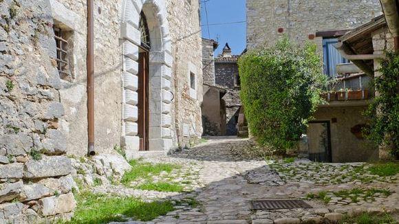 Nieuw rapport zegt dat 30% van de Italiaanse dorpen binnenkort uitsterven