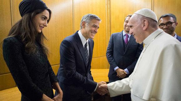 Wil je George Clooney eens Italiaans horen spreken? | InStyle.com