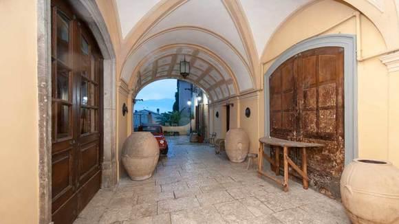 Wie gaat er nu naar Molise? Nu, voor dit hotelletje mag je best een omweg maken - Italië met Dolcevia.com