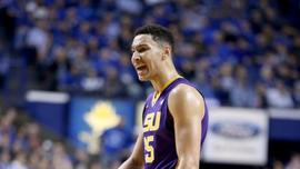 Simmons Close To Deal With Nike