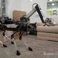 [繁] 波士頓動力機器人 SpotMini 亮相,添加機器手臂打理家務