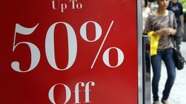 Apparel Shoppers Seek Discounts
