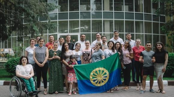 Summer school promotes empowerment of Roma girls in Moldova
