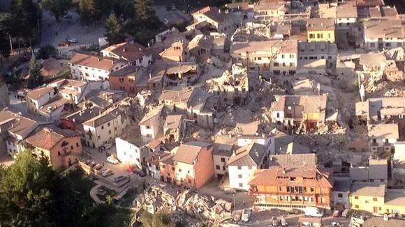 Aardbeving Italie - waarom komt het voor in de streek Umbria, Marche en Abruzzo - Italië met Dolcevia.com