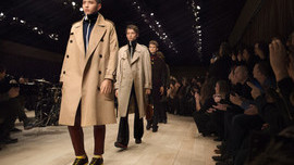 Summary: Burberry Rated Top for Mobile Commerce